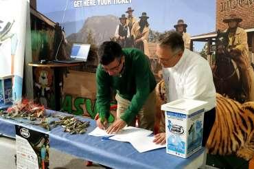 Aquarium Costa de Almería se suma a la lucha contra la contaminación de plomo en los mares